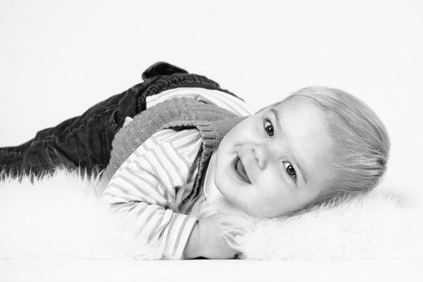 Lapsikuvaus-Muurame-ja-jyväskylä-valokuvaaja (13)