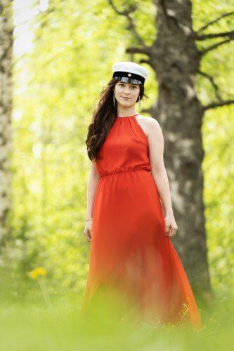 Valmistujaiskuvaus-ulkona-jyväskylä-valokuvaaja (6)